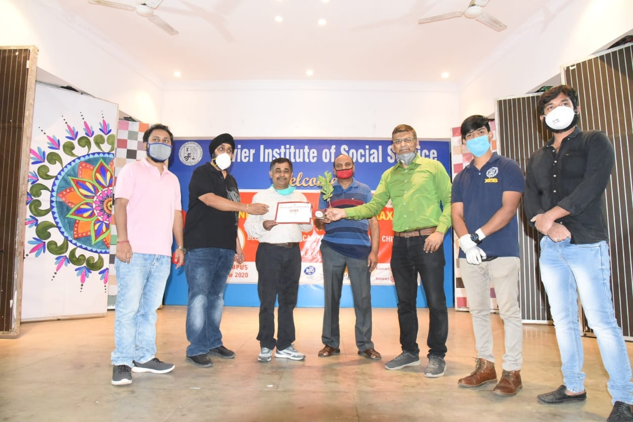 <p>On the International Blood Donation Day 2020,XISS based in Ranchi organised blood donors camp on Sunday. Since Jharkhand Photo Journalists Association's President Manoj Srivastava(third…