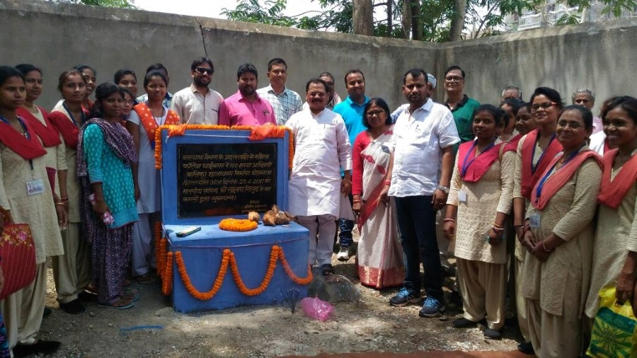 <p>On the occasion of great freedom fighter Veer Kunwar Singh,residents of Chaibasa observed Veer Diwas.</p>