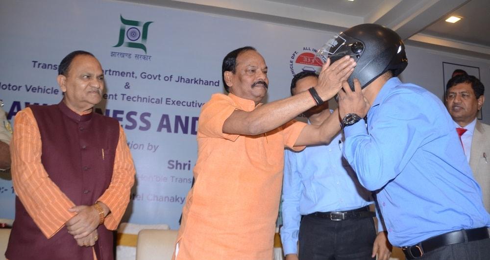 <p>मुख्यमंत्री आज होटल बीएनआर चाणक्य में सड़क सुरक्षा-जीवन रक्षा विषय पर आयोजित कार्यशाला को संबोधित कर रहे थे।</p>