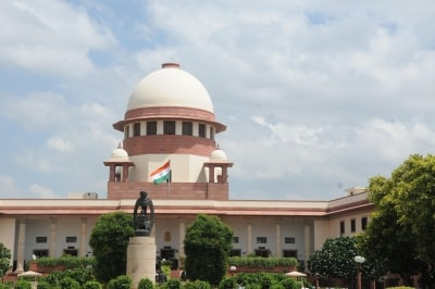 <p>Supreme Court refuses urgent hearing on plea against Article 370 move. The top court on Saturday refused to accord an urgent hearing to a plea challenging the Presidential…