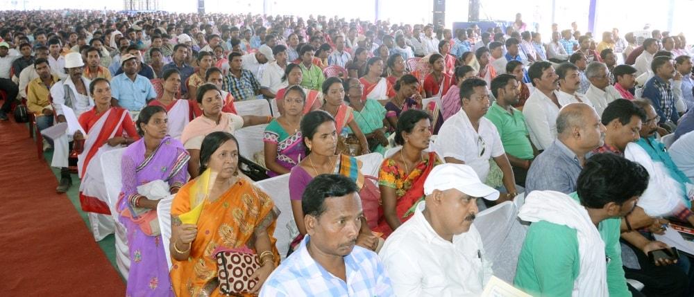 <p>A meeting of the Panchayat representatives from different Panchayats in South Chotanagpur Division of Jharkhand was held at Jawahar Lal stadium in Dhurva,Ranchi.The CM Raghubar…