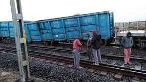 <p>Two bogies of the Goods train derailed on Barkakana-Barwadih track in between Khelari and Rai station on Monday night.It is suspected that the derailment was caused by an explosion…