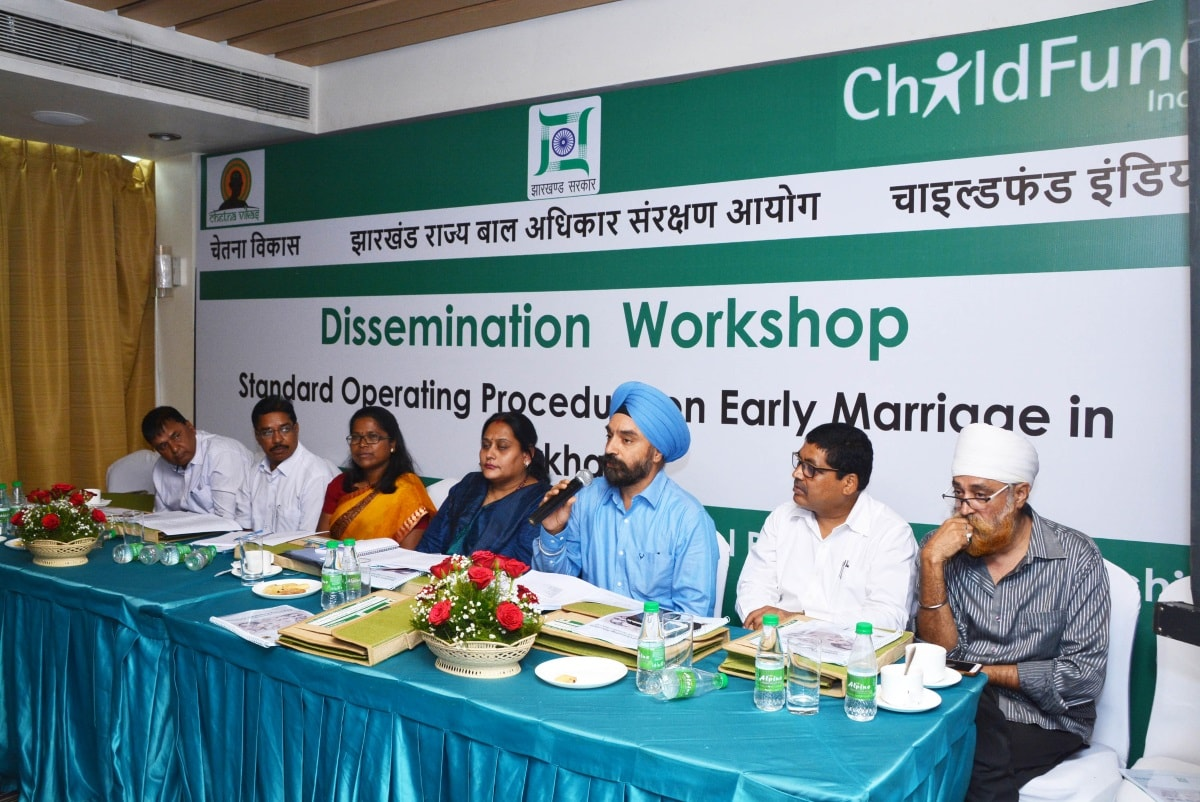 <p>Jharkhand Social Welfare Principle Secretary MS Bhatia along with NCPCR member Rupa Kapoor, JCPCR Chairperson Arti Kujur and members during the dissemination seminar on Standard…