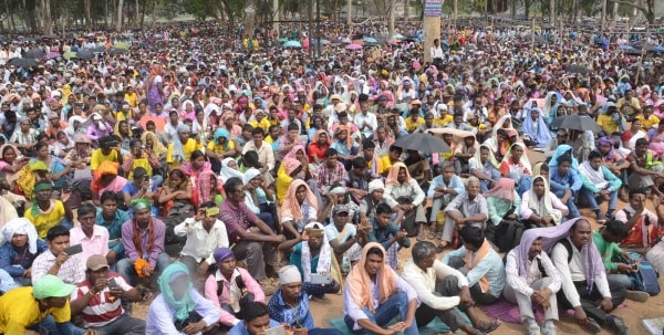 <p>Tribal people during  a 'Sarkar Girao- Jharkhand Bachao Rally' of 'Adivasi Sengel Abhiyaan,' against state government CNT and SPT Acts at Shaheed Maidan…
