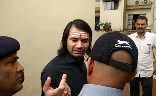 <p>Refusing to participate in RJD students' wing protest outside the Raj Bhawan in Patna against the death of Chamki Bukhar in Muzaffarpur on June 23, Tej Pratap Yadav, former…