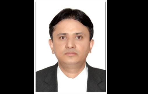 <p>Popular advocate Abhishek Bharti was elected for the post Assistant Treasurer, Ranchi Bar Association.</p>