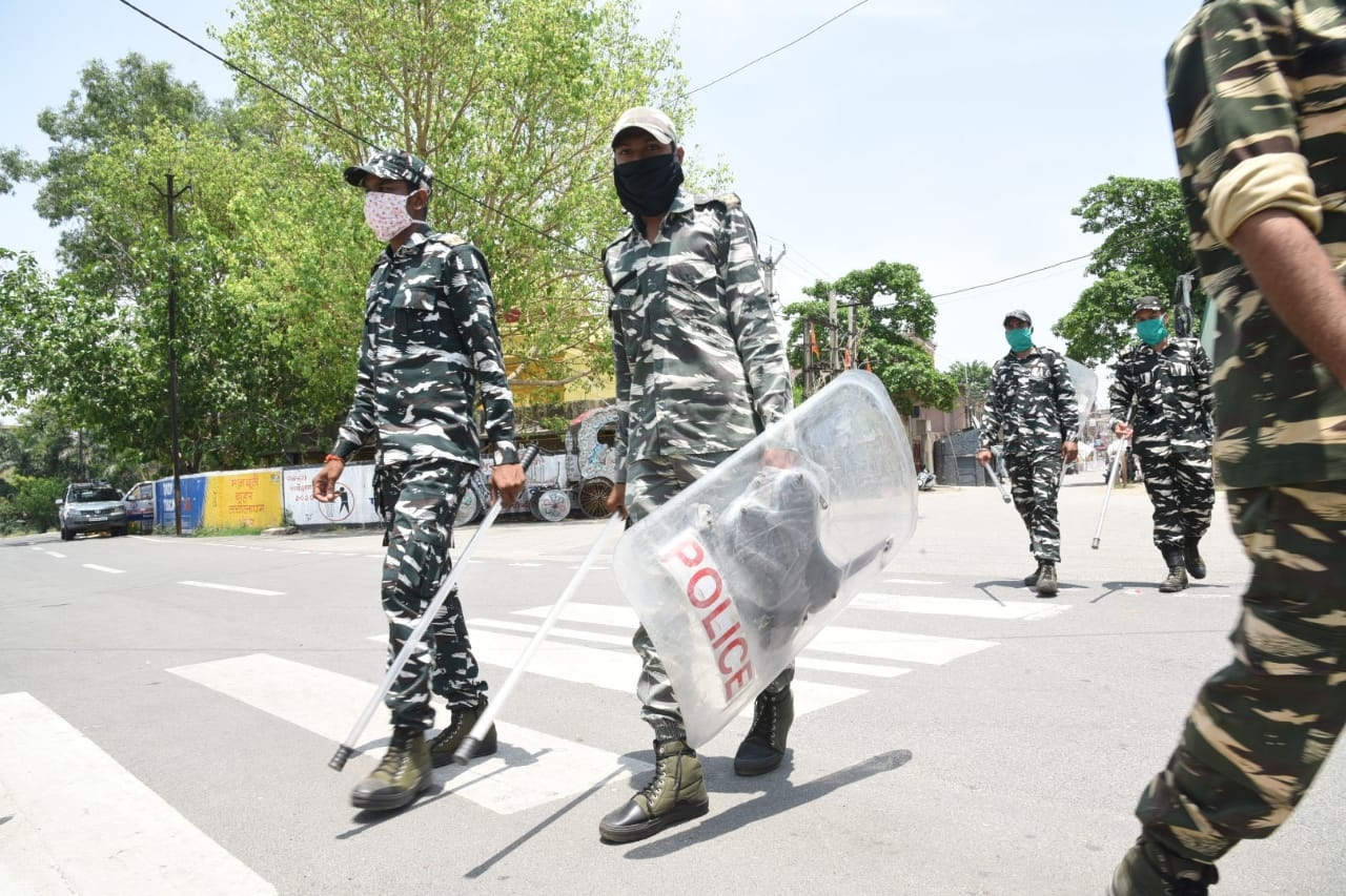 <p>CRPF Jawans patrol hotspot Hindpiri area of Ranchi where a clash had occurred between people and security forces on Sunday.</p>