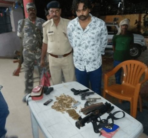 <p>China made weapons-200 round 9 mm cartridges and one 30 bore pistol were recovered by the Gonda police station personnel from a Kanke Road based Bablu Khan.The police of Kanke and…