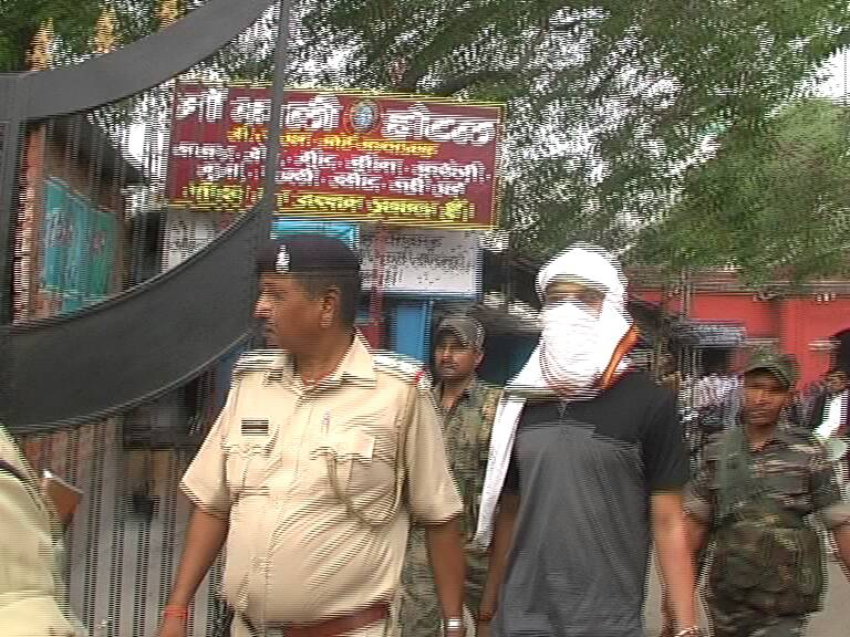 <p>Shooter Aman who is alleged to have shot dead four persons including ex Deputy Mayor of Dhanbad Neeraj Singh in Dhanbad recently was nabbed and arrested by the Dhanbad police in…