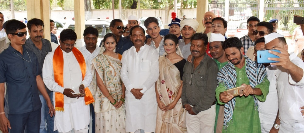 <p>Chief Minister Raghubar Das participated in the meeting organised by the state government to mark completion of a century of Mahatma Gandhi's first visit to Ranchi on June 4,1917.The…