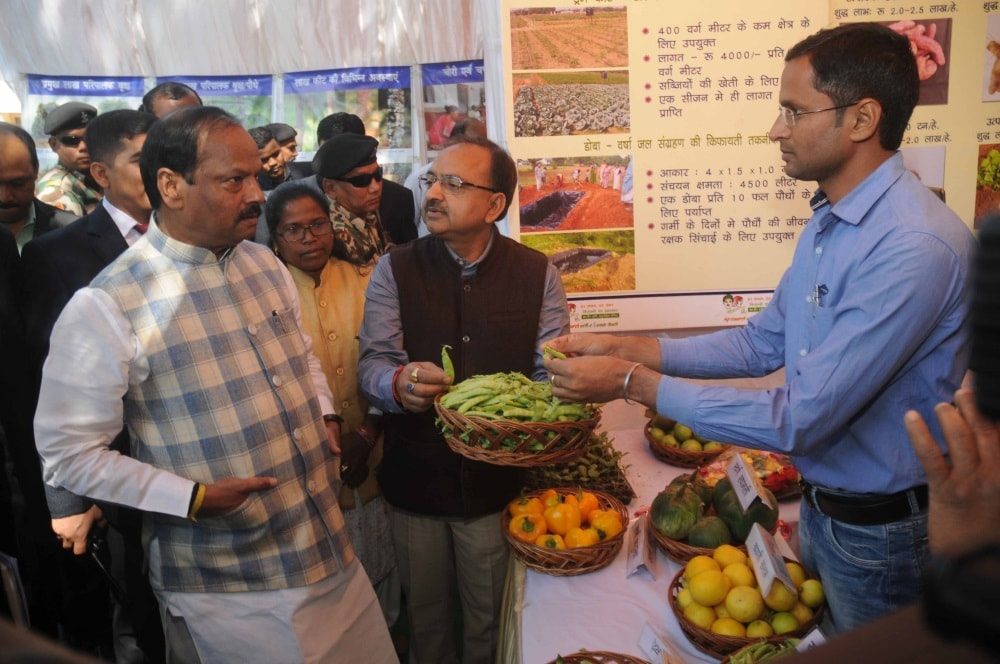 <p>Chief Minister Raghubar Das visit a farmer's stall during Kisan Mela-cum-Agriculture Machinery Exhibition 2018 at Indian Institute of Natural Resins and Gums, Namkum near Ranchi…
