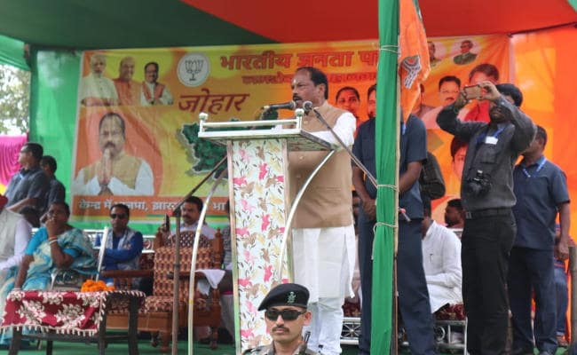 <p>Jharkhand CM left a 'Take' for media:No Joke this,as he claimed that  his govt has successfully used DBT and thereby deposited Rs 482 cr.in bank accounts of 13.60 lakh…