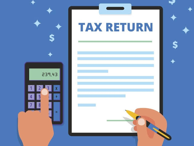<p>The Income Tax Department has issued ITR Form -3 form for filling it for the year 2020-21.</p> <p>Earlier, for AY 2020-21 e-filling, ITR 1,2,4 was made available.The Department…