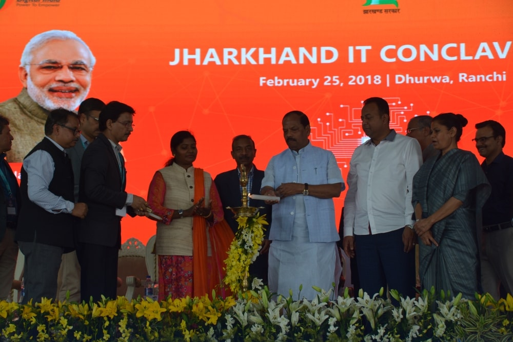 <p>CM Raghubar Das inaugurated Jharkhand IT Conclave 2018 at Dhurwa Ranchi on Sunday.</p>