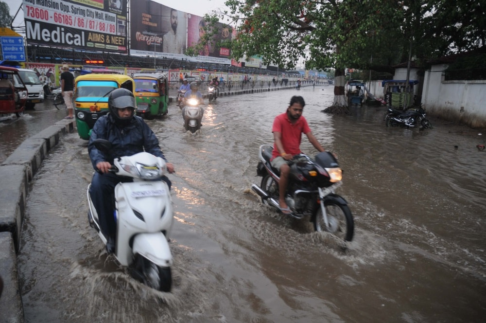 <p>Faulty drains built by the state government withcrores of rupees left main roads get flooded by the rain water.It caused untold miseries to people iidifferent roads…