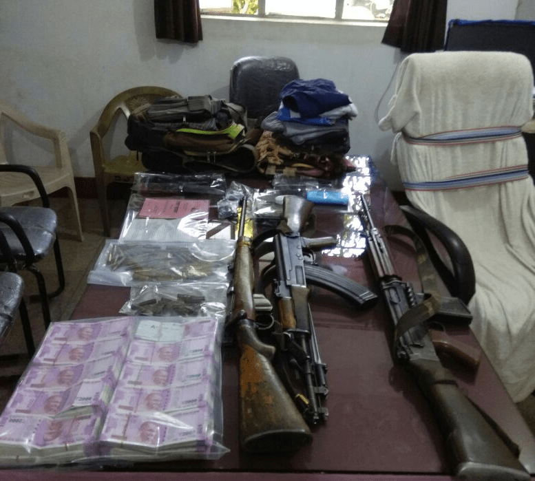 <p>Following a tip off,the Police-Maoist had an 'encounter' in Latehar.The Maoists belonged to the TPC outfit near Bishunpur under Balumath police station in Latehar district…