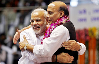 Raj Nath brings Modi into BJP's Parliamentary Board