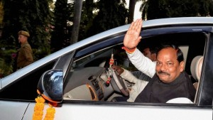 CM keeps one berth vacant in Cabinet for Congress MLAs!