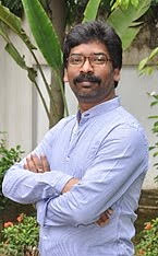 cm-hemant-soren-leaves-bureaucrats-guessing-speculating
