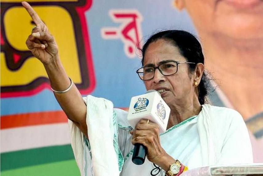 mamata-bannerjee-raises-polls-slogan-bangla-nijer-maa-ke-chaie