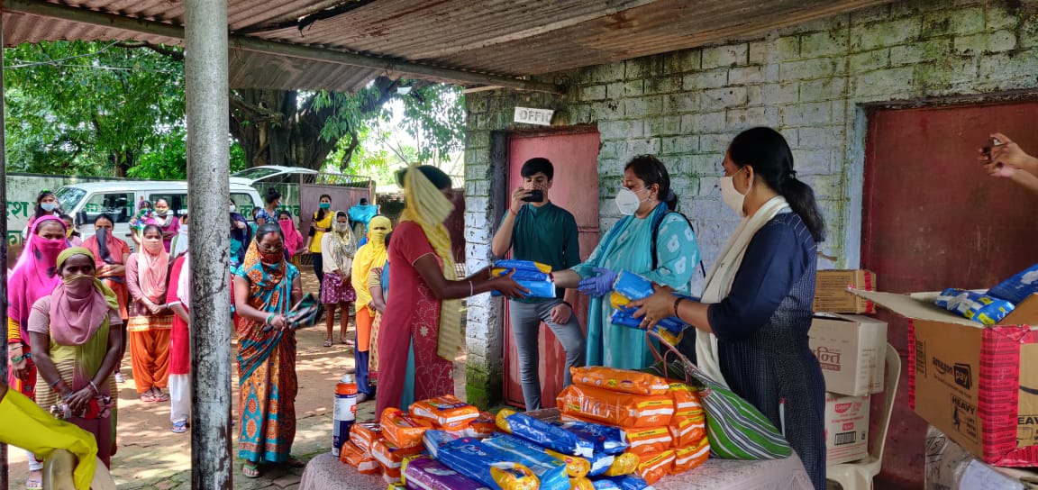 Pad Squad gains ground, distributes pads among poor village women