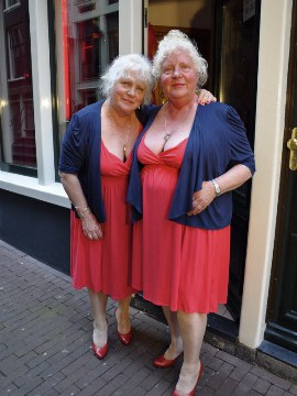 Prostitute twins who slept with 3,55,000 men regret