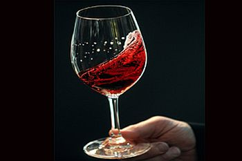 Red wine prevents heart attack,hearing loss!