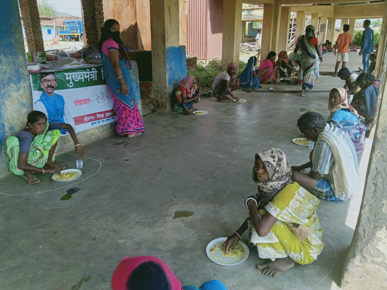Didi Kitchens serving food to lakhs of people amid lock down in Jharkhand