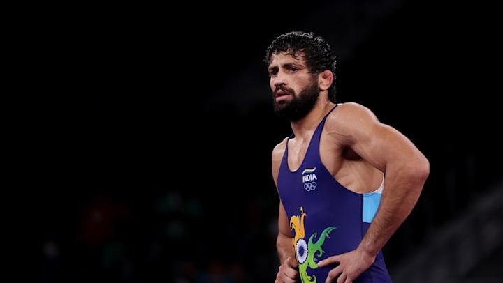 top-functionaries-of-india-congratulate-wrestler-ravi-kumar-dahiya-for-bagging-a-silver-medal-in-tokyo-olympics