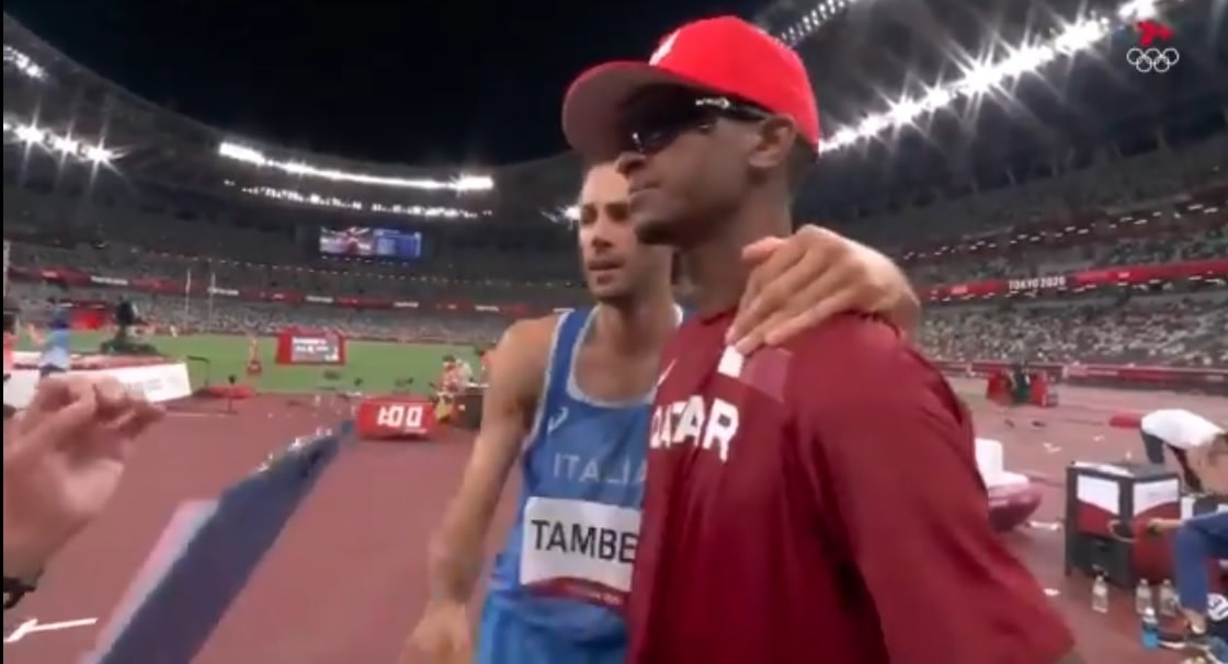 two-white-and-black-athletes-shared-gold-medal-made-history-at-tokyo-olympic-2020
