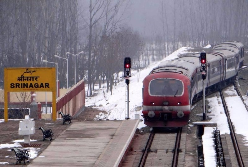 srinagar-among-15-kashmir-valley-railway-stations-get-integrated-with-wi-fi-network