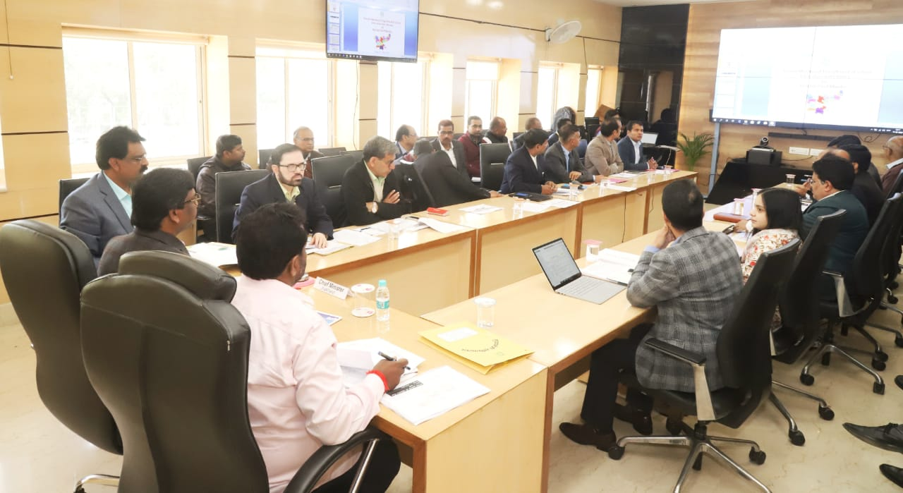 'Ensure that no student is deprived of the annual examination for want of fees' : Hemant Soren