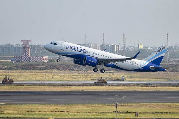 first-direct-flight-operations-flagged-off-on-imphal-shillong-route-under-udan