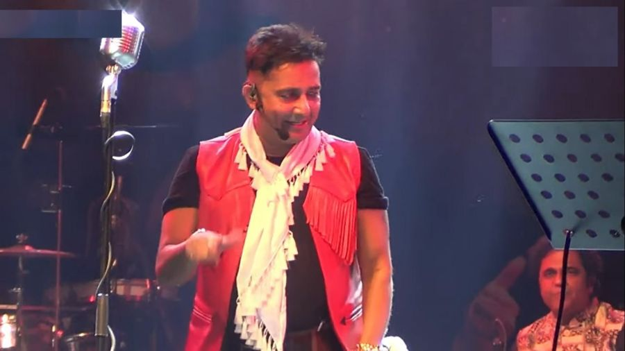 sukhvinder-rocked-morahabadi-maidan