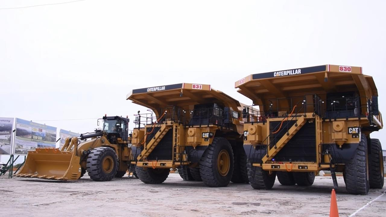 cil-chairman-flags-off-190-tonne-dumper-in-ncl
