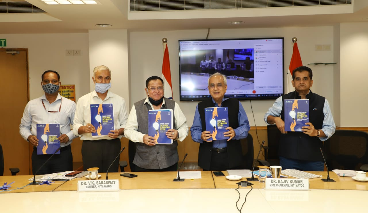 niti-aayog-releases-report-highlighting-need-to-turn-around-power-distribution-sector-in-india
