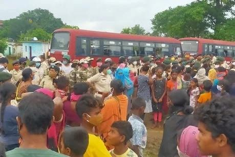 Protest against 'pucca' houses for the poor continues in Jharkhand