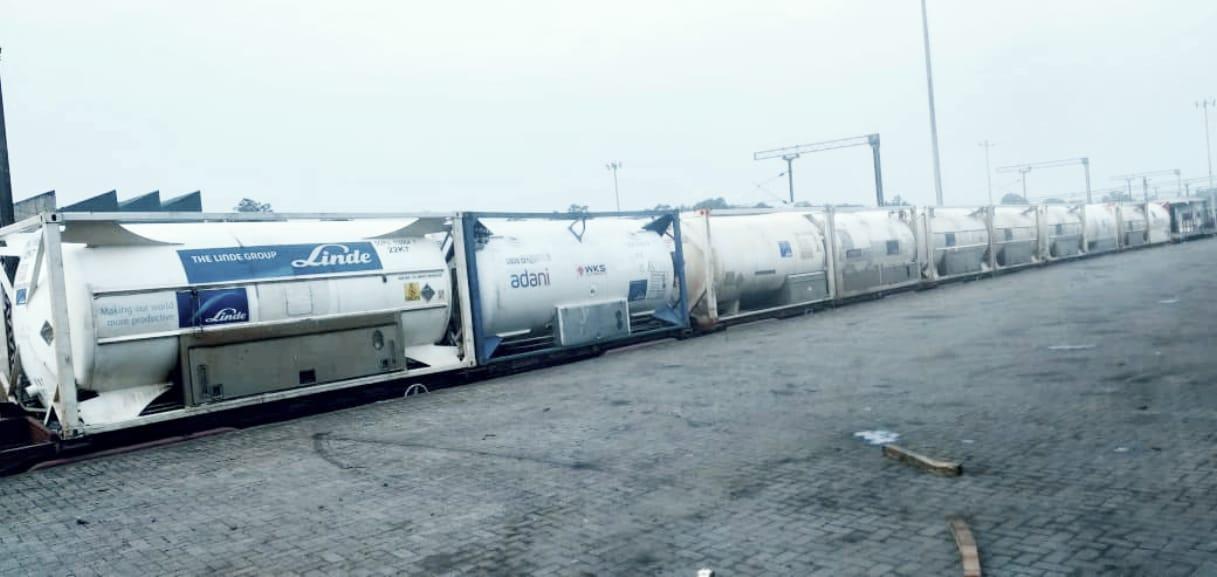 Second Oxygen Express transports 200 tonnes of Liquid Medical O2 to Bangladesh from Tatanagar